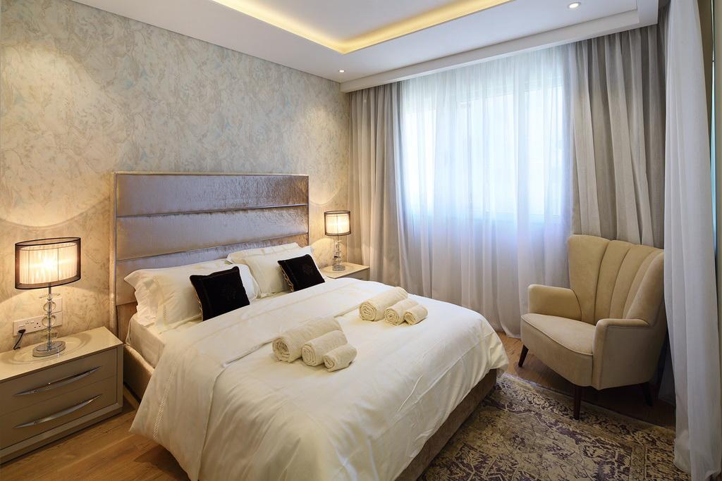 bedroom in opera